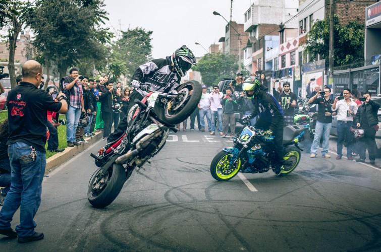 Ernie Vigil & Nick Apex ride through the streets of Peru.