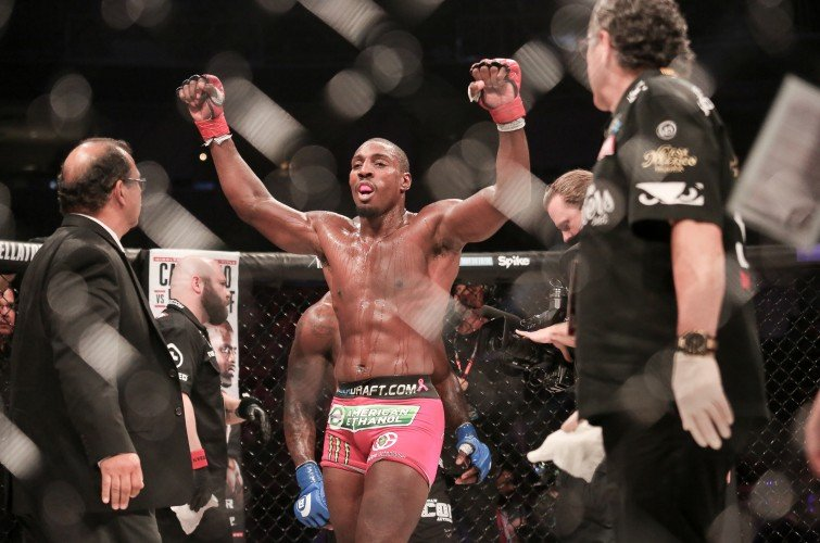 Monster Energy's Phil 'Mr. Wonderful' Davis Defeats Muhammed 'King Mo' Lawal In A Unanimous Decision For the Light Heavyweight Bout to Determine the Number One Contender at Bellator 154 at the SAP Center in San Jose, CA