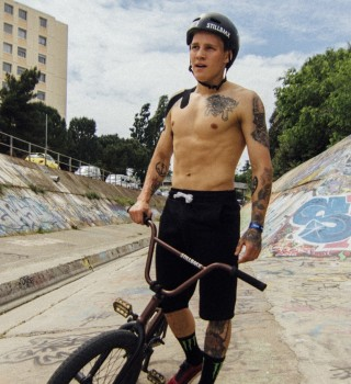 Image album from David Budko's trip to Fise in Montpellier France...