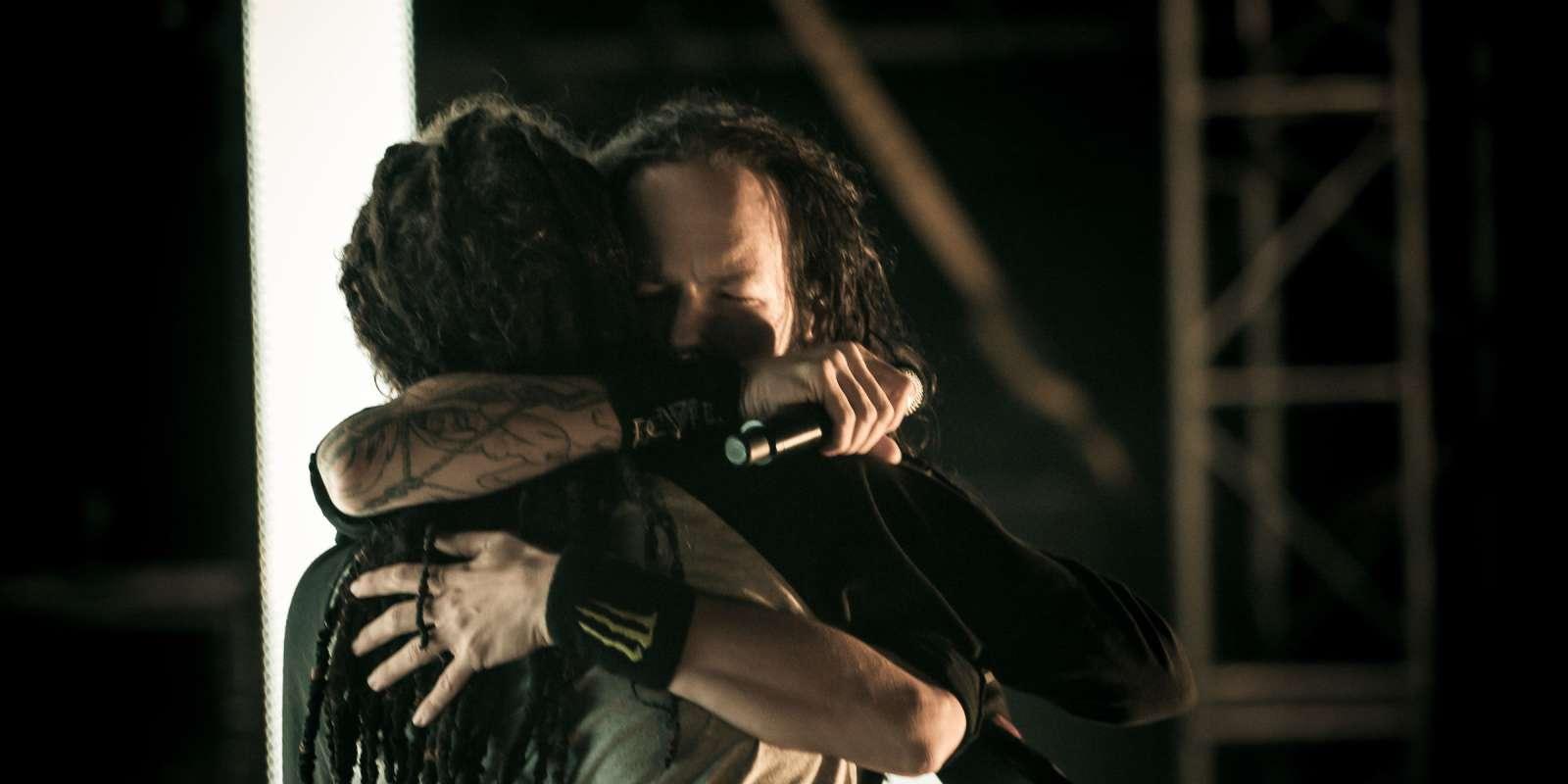 Korn's Jonathan Davis - Exclusive video interview  Korn's Jonath...