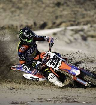 Sand training for the Greek MX1 Champion Panos Kouzis