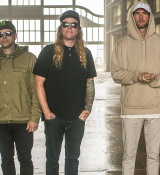 Images from The Dirty Heads concert.