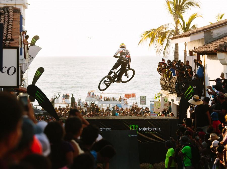 Down Puerto Vallarta, Downhill, Mountain Bike, Mountain Biking, Urban Downhill, Mexico