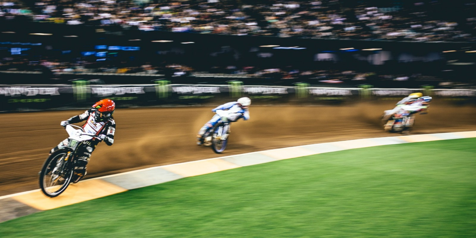 Images fro the final round of the 2017 Speedway GP season from Melbourne, Australia