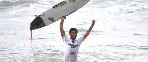 Filipe Toledo Wins Hawaiian Pro