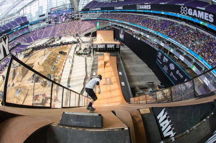 Tom Schaar places bronze for the Mens Skate Park Finalsat the 2017 Summer X Games